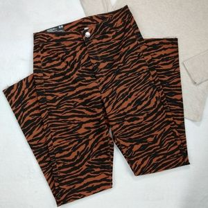 H&M Zebra Print Super Skinny Ankle Jeans